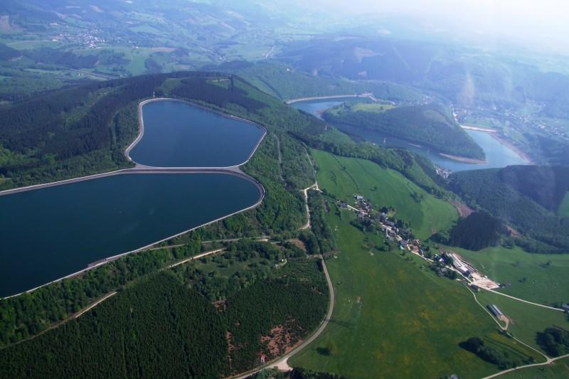 Totemus centrale de Coo bassins supérieurs à Brumes photo 02 © Amblève-Rour