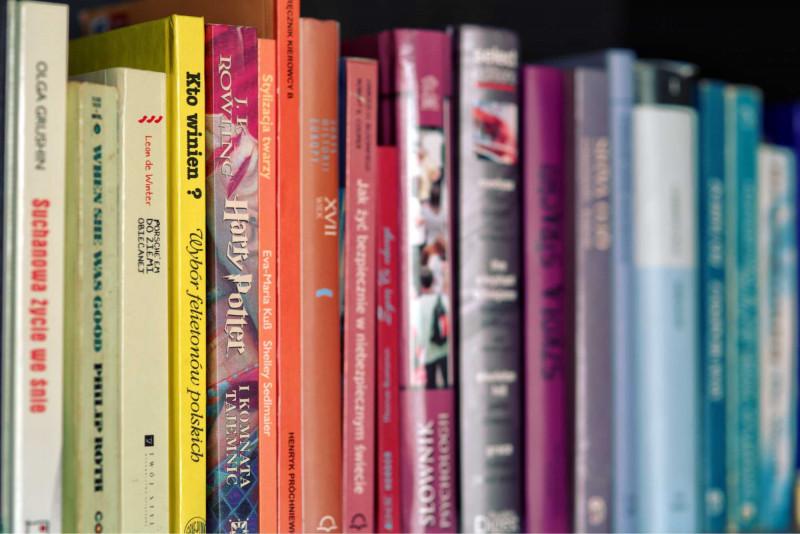 Books-bookshelf-harry-potter-5710